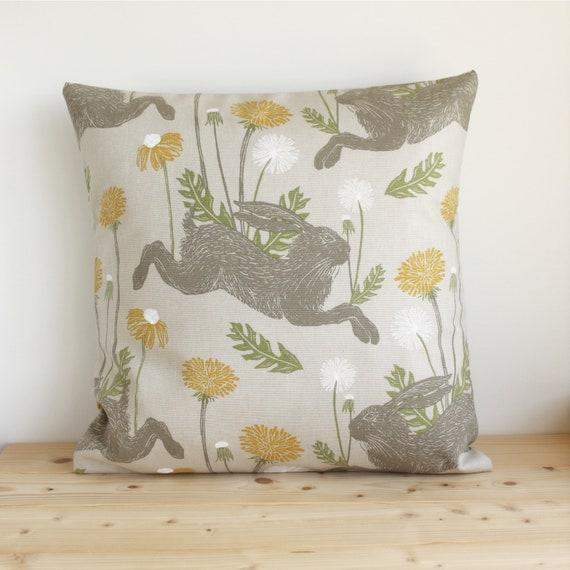 "Handmade Country Wildlife Otter Print Envelope Back Cushion Cover 17"" X 17"""