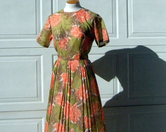 3e107fead5 Vintage Dress 50s 60s Fall Colors Full Pleated Skirt Orange Gold Cream  Dreamy Print 38
