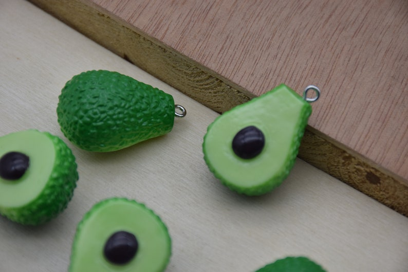 10 Resin Adorable Avocado Fruit Charms Earring Necklace Bracelet Bead Pendants DIY Jewelry Decoden Cabochon Keychain Accessories 30x21mm