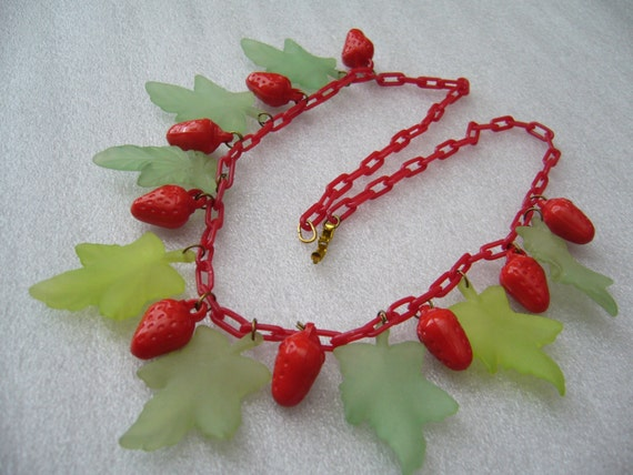 Vintage lucite & early plastic strawberries and le