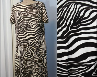 Vintage Womens 1960s 1970s Zebra Shift Dress with Rhinestone Button and Bow Detail Modern Size XL Mad Men Retro Abstract Animal Print