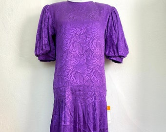 Vintage 1980s Maggy London by Jeannene Booher 100% Silk Dress // Purple // Pleated Skirt // Drop Waist // Shoulder Pads // Puff Sleeves NWT