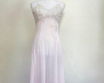 Vassarette Crepelon Nylon Pink Shorty Ladies Nightgown Slip with Beige Lace Size Med 34 Womens