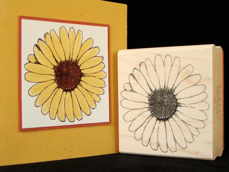 flower rubber stamp  big daisy image 0