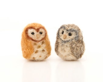 Pair of Miniature Needle Felted Pocket Barn Owls, One Natural and One Brown