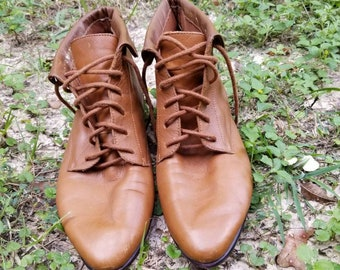 dac6669676452 Vintage brown leather Chelsea boots vintage riding boots   Etsy