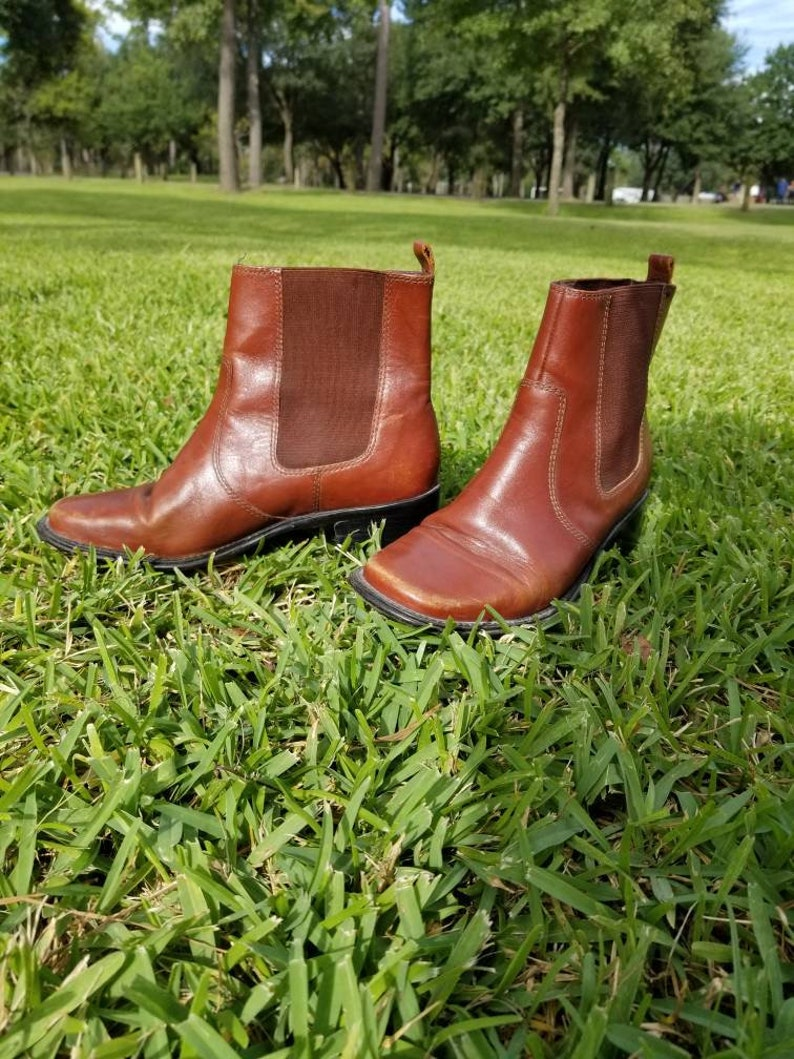 5eb949342543b Vintage brown leather Chelsea boots vintage riding boots womens size 7  boots cognac boots womens leather vintage ankle boots
