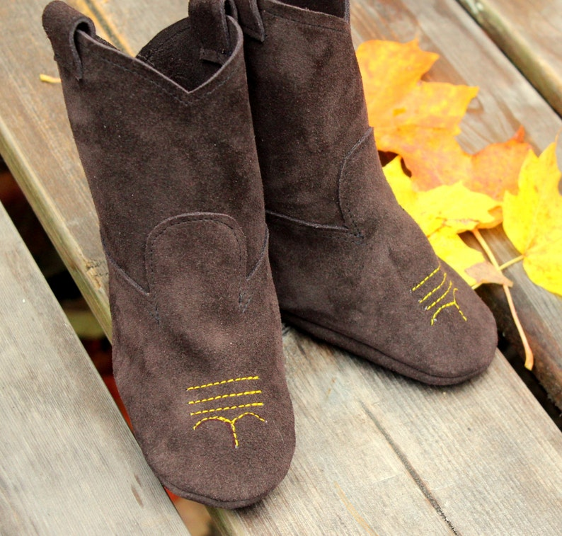 826803fd91cc4 Leather Baby Cowboy Boots - Rodeo Boots - Baby Photo Shoot Prop - Chocolate  Brown Leather - Baby Shower Gift - Gift for Kids - Baby Shoes
