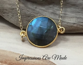 Labradorite Necklace, Blue Necklace, Green Necklace, Natural Stone Necklace, Gold Necklace, Circle Necklace
