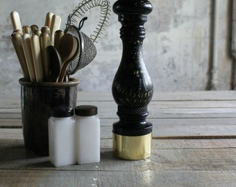 Vintage Wooden Pepper Grinder