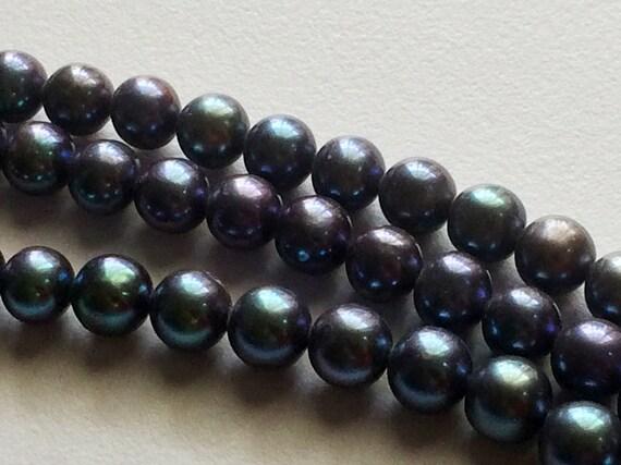 Perles - paon violet vert perles, rond 7mm, collier de perles, perles naturelles, perles d'eau douce naturelle, 8 Inch Strand, 26 pièces