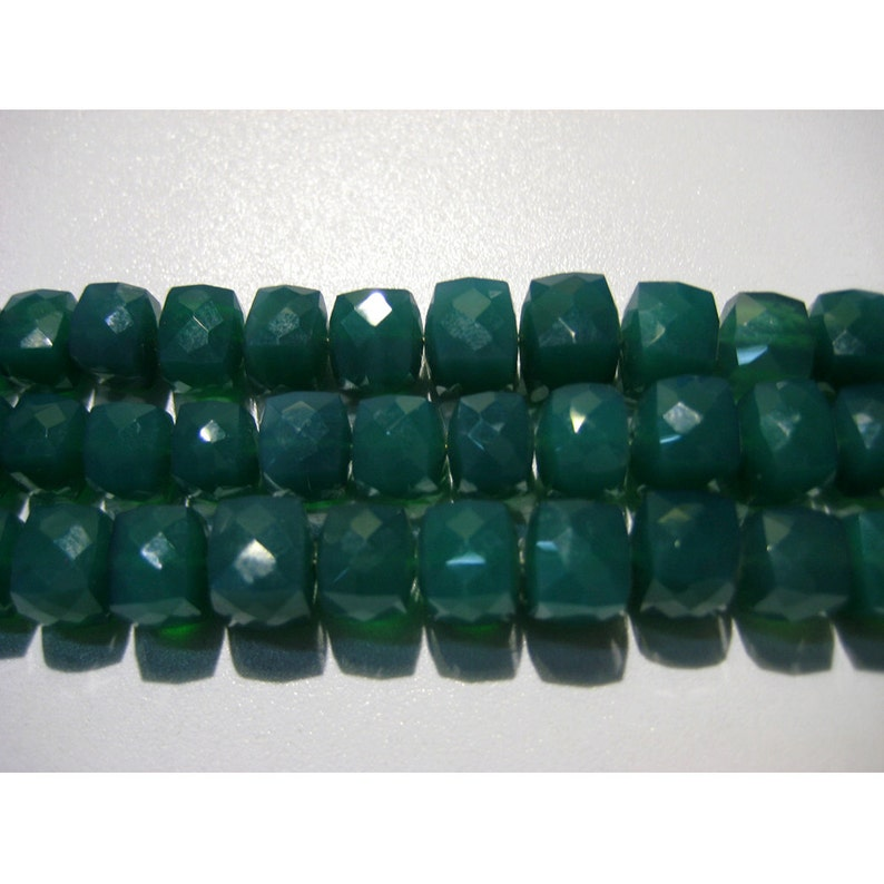 Green Onyx Box Beads Faceted Beads 8mm 8 Inch Strand 29 Pieces Approx 7mm