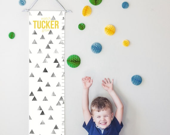 Personalized modern geometric canvas growth chart in black and white