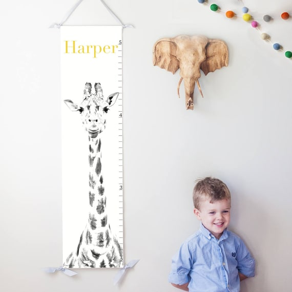 Giraffe canvas growth chart