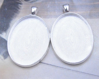20 Oval blanks pendant, Silver Large oval pendant blanks, Oval photo frame drops, Cabochon trays for jewelry, 30x40mm bezel tray necklace