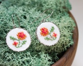 Dangle earrings with hand embroidered flowers e011