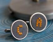Initials cufflinks for groomsmen, Personalized cufflinks, Custom wedding cuff links - gray fabric - i022