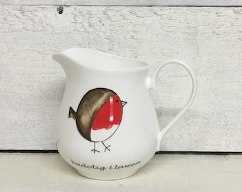 Red Robin Christmas Jug from Wales, Nadolig Llawen