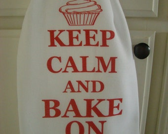 Keep Calm and Bake On tea towel, Red and white printed flour sack towel, adorable cupcake Baking towel