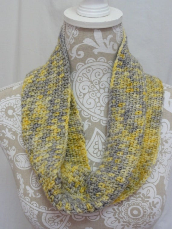 Light yellow and grey cashmere blend cowl