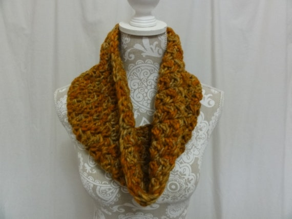 Chunky wool cowl in oranges and golds