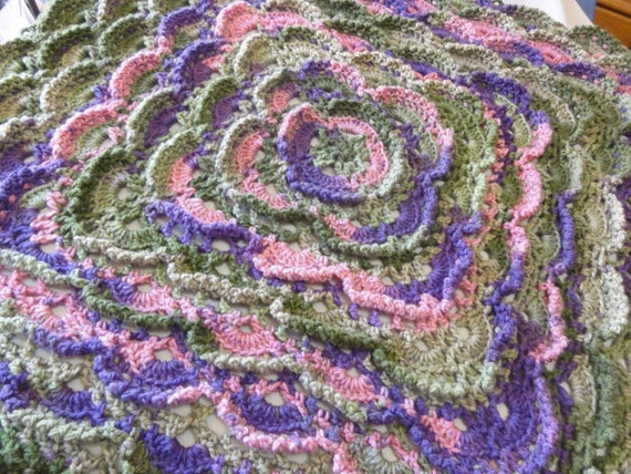 Spring afghan pink purple green 3 dimensional flower pattern