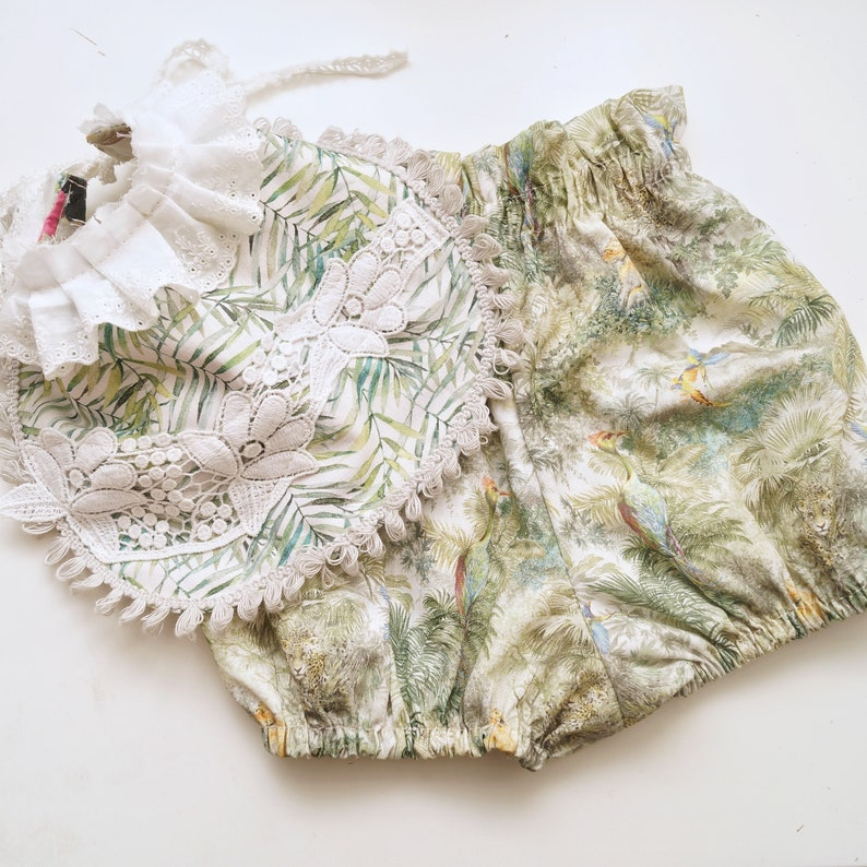 baby diaper cover Floral baby bloomers baby girl shorts Cake Smash Outfit 9-12m Baby bloomers Baby girl bloomers, toddler