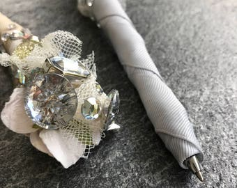 Guestbook Pen // Chic and Classy Wedding Decor