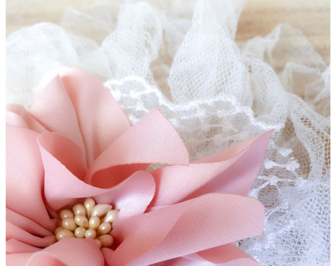 Featured listing image: Bridal Veil // Vintage Wedding Hair Accessory