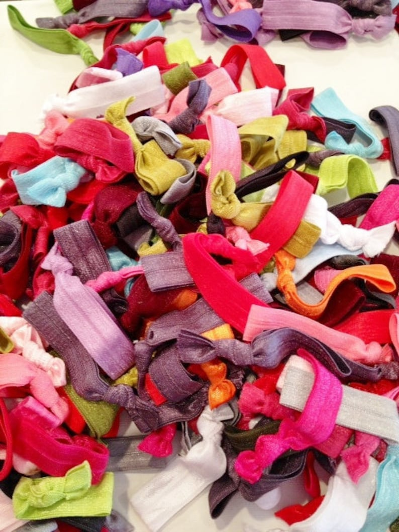 200 hairties Such A Deal Collection of ribbon elastic hair ties Grab bag of hairtys