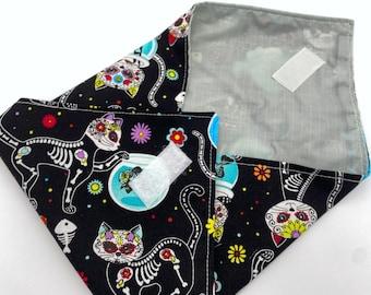 Reusable Sandwich Bag, Sugar Skulls Sandwich Wrap, Reusable Sandwich Mat - Sugar Skulls Kitty