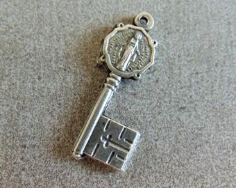 Video Genuine Solid Sterling Silver Tourmaline Charm Bracelet wSt Joseph /& Guardian Angel Medal