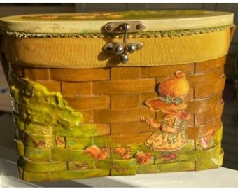 Vintage basket purse Holly Hobby 1970s