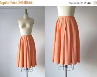 SALE vintage 1960s peach skirt / 1960s pleated skirt