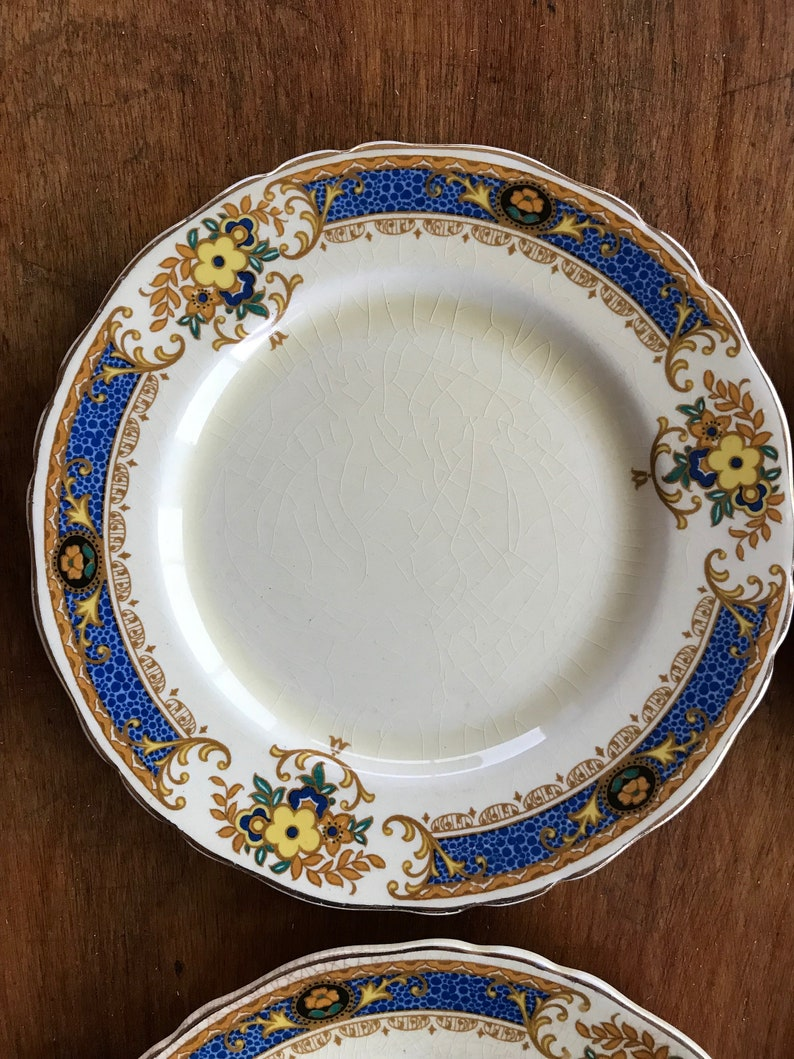 Set of 6 Antique Wedgwood Dessert Plates Gordon Pattern with Vibrant Blue and Yellow Pattern