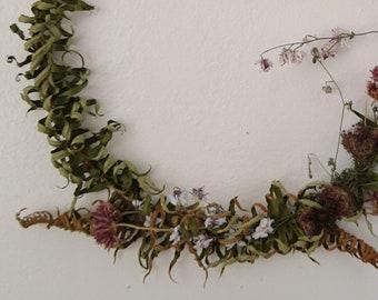 Wildflower Wreath - Sword fern, queen anne's lace & larkspur