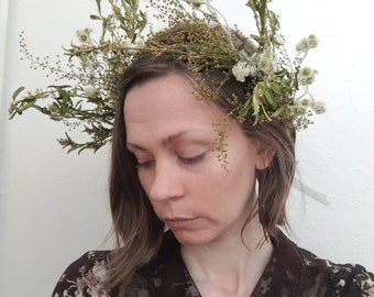 Dried Flower Crown - Sweet Annie Wormwood and Pearly Everlasting
