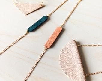 Leather Tag Bracelet - Reversible - Geometric Minimal Unisex Jewelry - Gift for Him - Gift for Her - Friendship Bracelet - Lover Bracelet