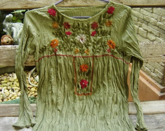 Long Sleeves Bohemian Embroidered Top - Green