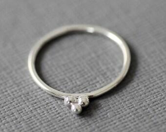 Trio balls sterling silver ring, unusual silver ring, minimalist silver ring