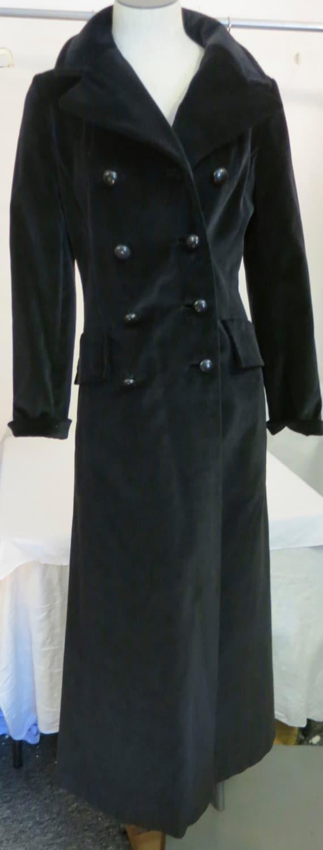 Vintage 1970's Black Velvet Mod Edwardian Coat Siz