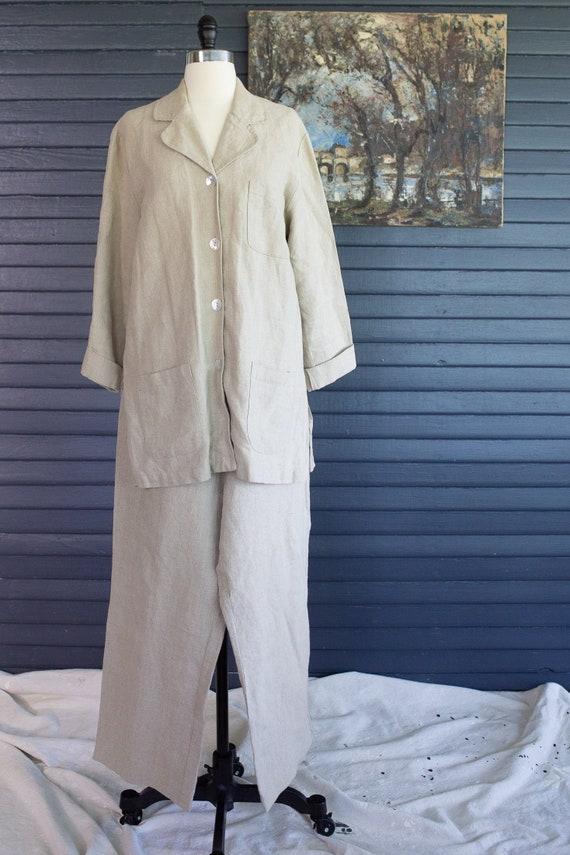 Vintage Linen Suit. Urban Works Linen. Woman's Lin