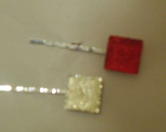 Two (2) square glitter flat back, one red and one white #1203
