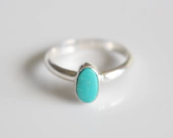 Turquoise Ring/  Small Ring Turquoise/ Southwestern Ring/  Size 7 ring/ December Birthstone Ring/ Stacking Ring Turquoise