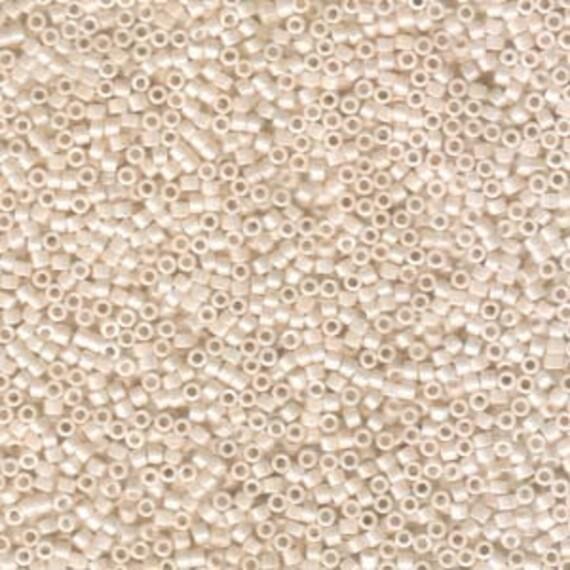 5g DB1530 Miyuki Delica Bead Opaque Bisque White Ceylon