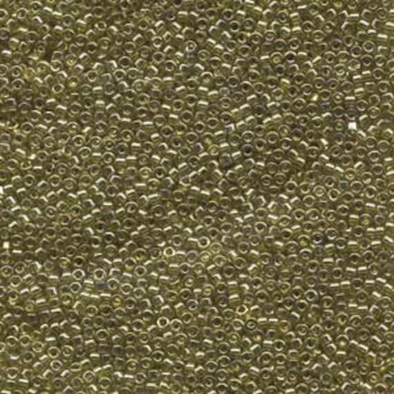 DB124 5g Miyuki Delica Bead Transparent Golden Olive Luster