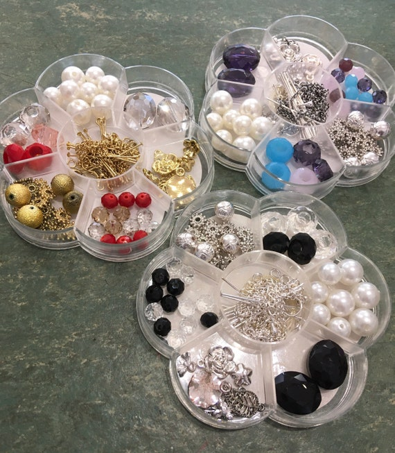 Fashion bead kit, jewellery set, make your own jewellery, pearls, crystals and charms
