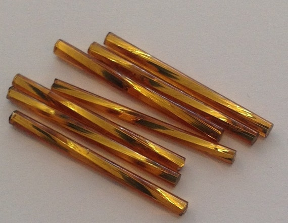 20 x Dark Topaz 30mm twisted bugle