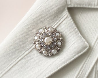 Magnetic Brooches