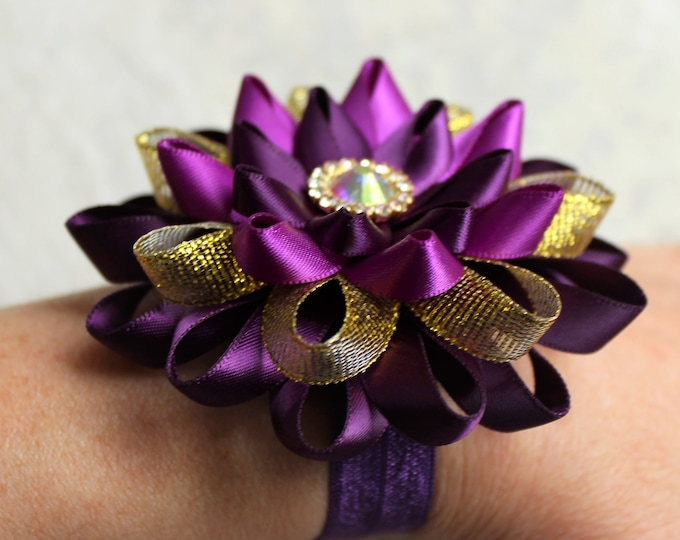 Purple Wedding Flowers, Purple and Gold Wedding Corsage, Purple Corsage, Wrist Corsage, Dark Purple Bridesmaid Corsage, Eggplant